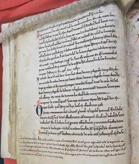 Extract from Magna Carta found in Cambridge University Library L1, 1-10, fos. 9v-15r